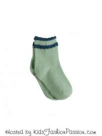 scalloped-edge-sock-stalk